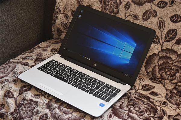 HP 15-ay000レビュー[感想・評価]シンプルで使いやすい4万円台からのエントリーノートPC