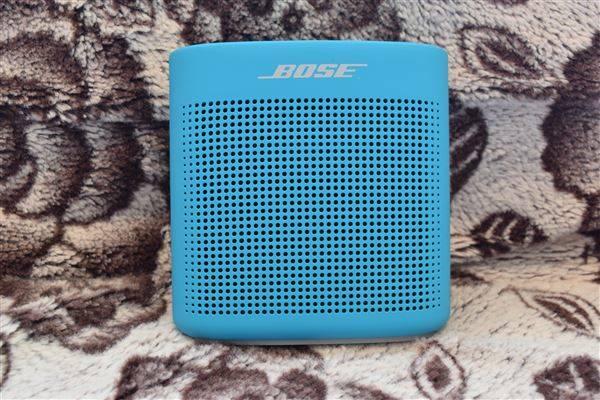 カラバリ豊富でアウトドアでも使えるSoundLink Color Bluetooth speaker II[レビュー・評価]