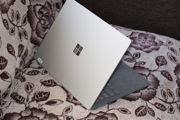 大チャンス!Surface Laptopが最大22,000円キャッシュバックキャンペーン