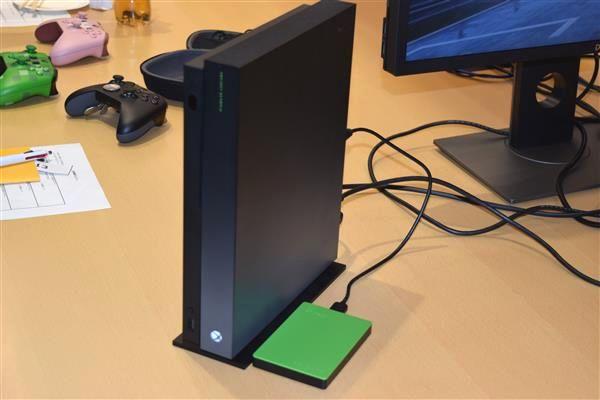 Xbox One X 1TBが5000円割引!税込み5万円以内で購入可能!
